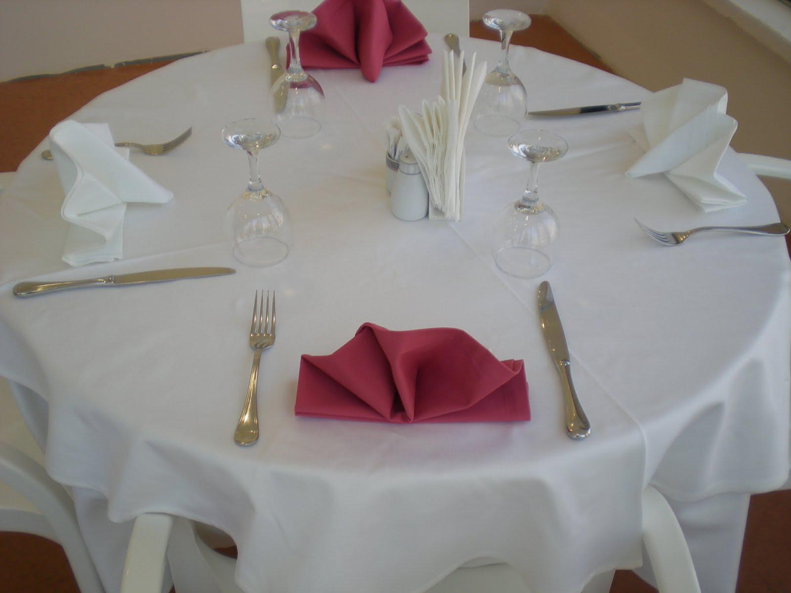 Desensiz masa örtüsü örnekleri